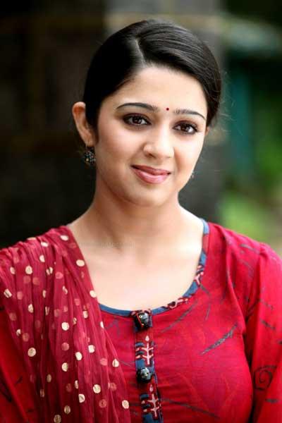 charmi  malayalam cinema actress